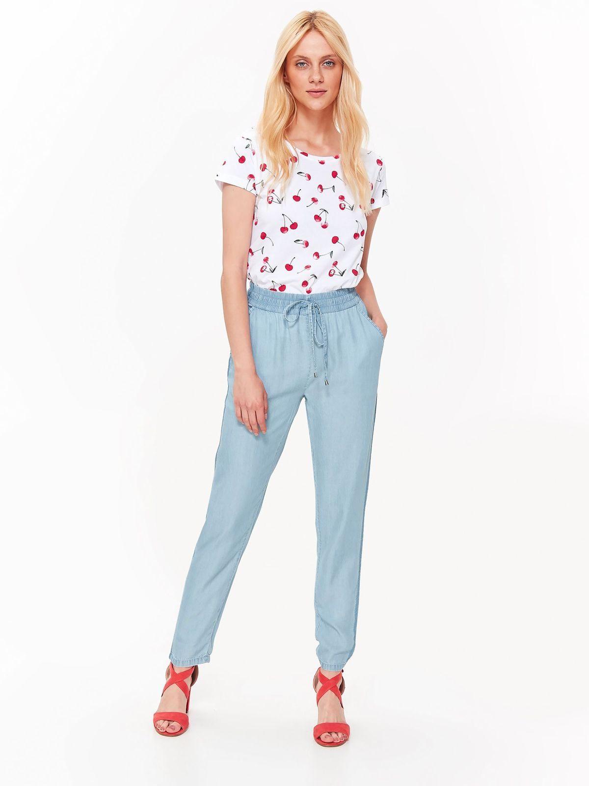 Tričko s krátkym rukávom biele a potlačou čerešní  e3beba48507