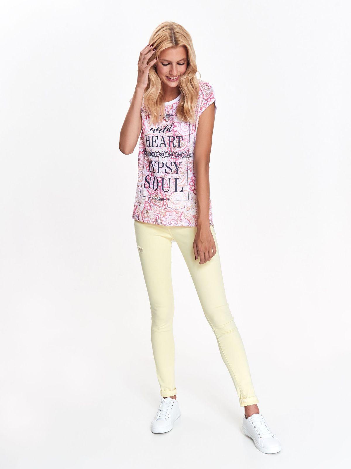 8d694265a6c9 Tričko s krátkym rukávom biele s ružovou potlačou a čiernym nápisom ...