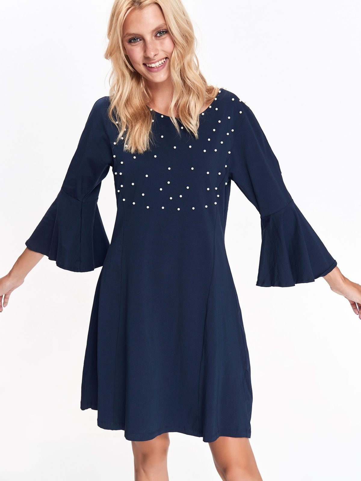 df56e232507e Šaty modré s bielymi guličkami a zvonovými rukávmi